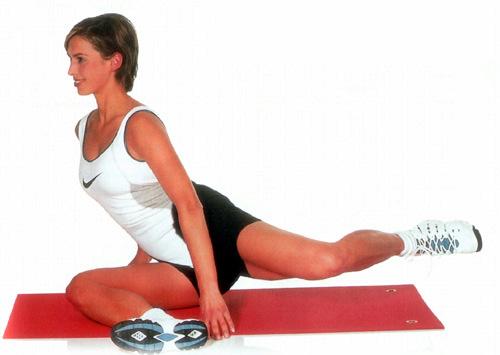 Упражнения для талии и бедер домашних условиях